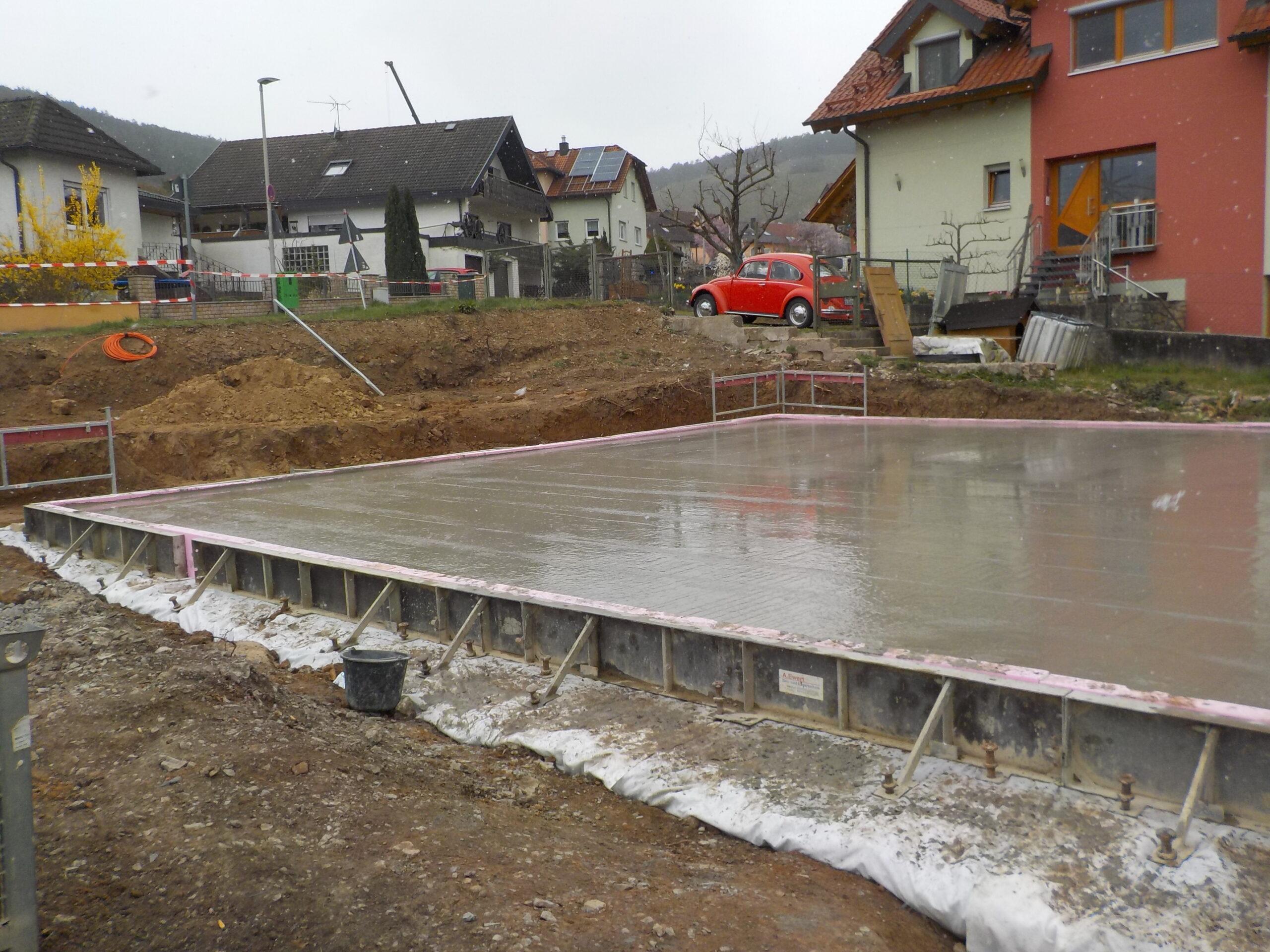 Bodenplatte - Graf-Rieneck-Strasse 20 - Erlabrunn (1)