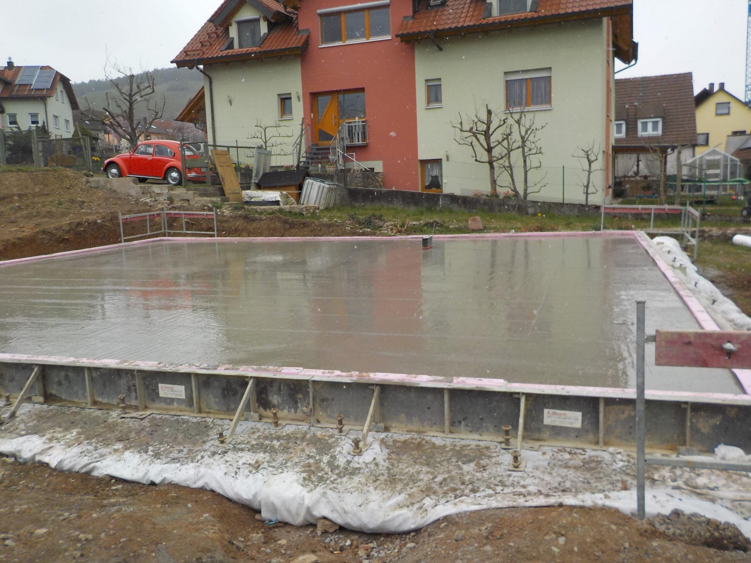 Bodenplatte - Graf-Rieneck-Strasse 20 - Erlabrunn (2)