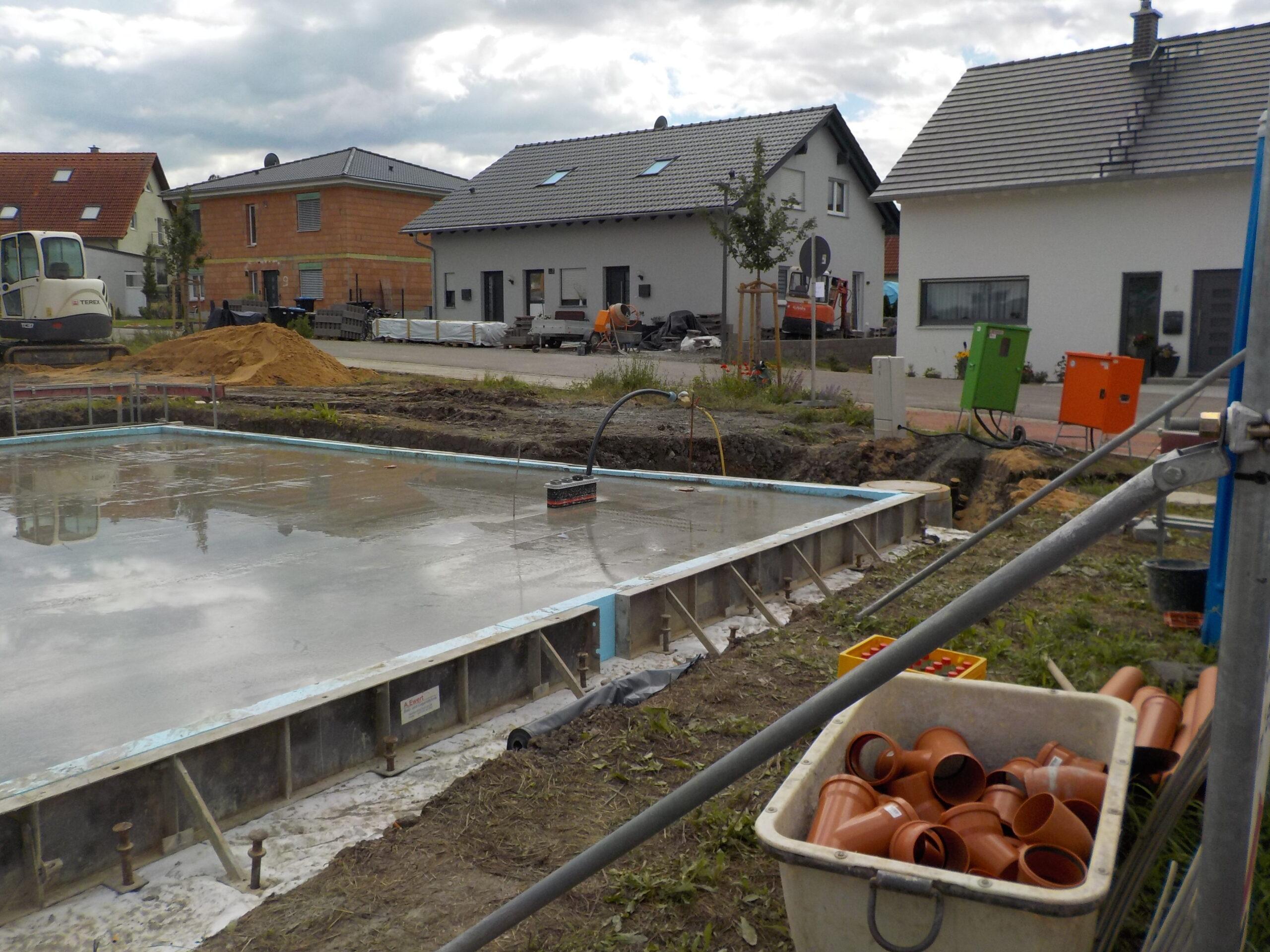Bodenplatte - Am Koeniglein 2 - Wiesenbronn (1)